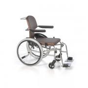 Rollstuhl RZ-Vario mit abnehmbaren Beinstützen